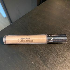 Bright Future Gel serum concealer Sephora